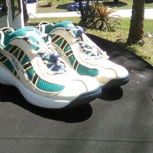Vintage Ryka Woman's Sneakers
